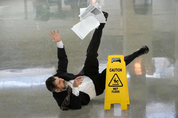 Leader slips falls